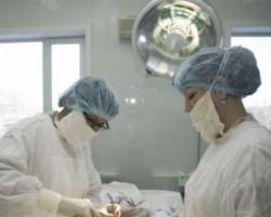 Клиника современной медицины в Благовещенске (врачи за работой)
